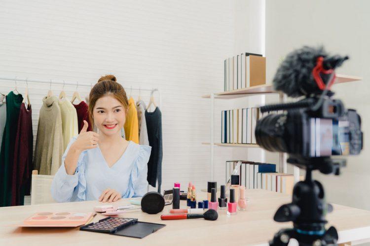 YouTuber紛紛自創品牌,聯名是否成為網紅行銷新方向?